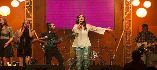 Mariel celebra  Concierto de lanzamiento «Hacia Tu Luz»