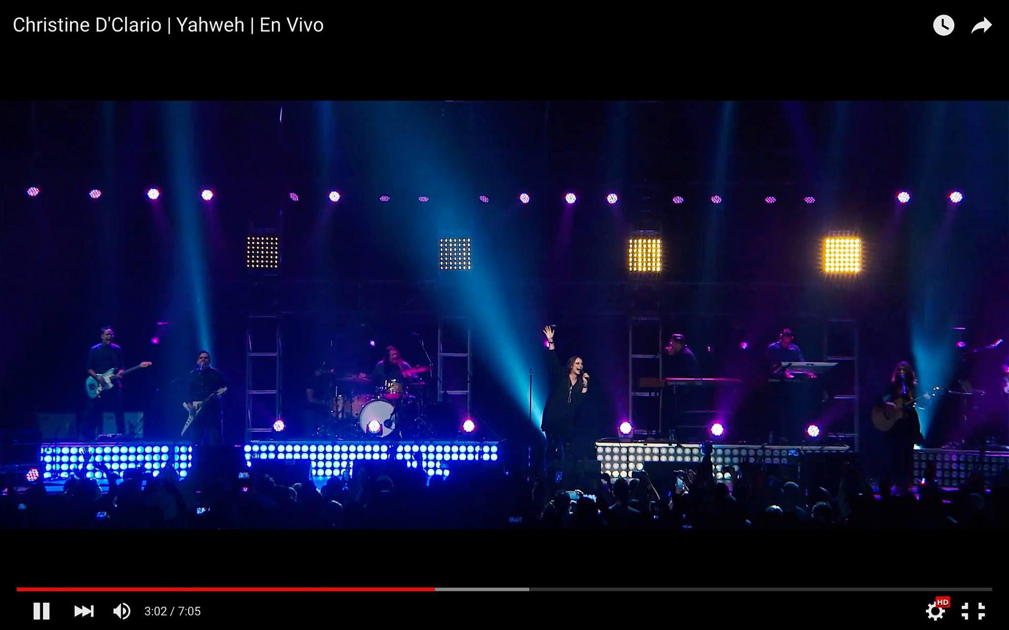 Christine D'Clario  lanza videos de  «Eterno Live» completamente gratis1