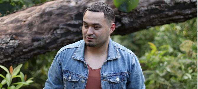 Leo Soriano lanza su nueva canción «Así es mi Dios»